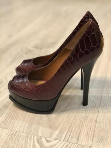 Продаю новые туфли Fendi - 3
