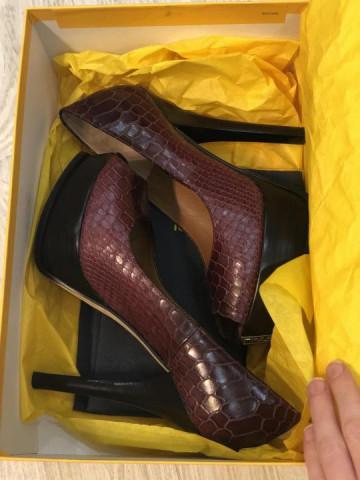 Продаю новые туфли Fendi - 4
