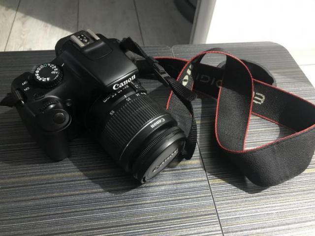 Canon 1100D - 1