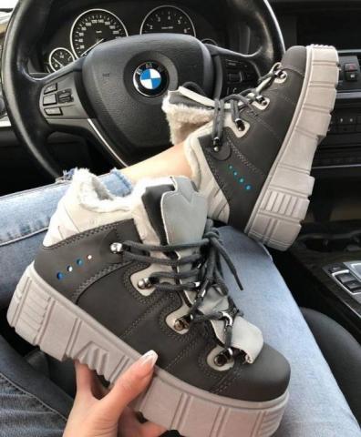Новые стильные зимние ботинки - 1